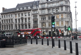 Traffic lights at junction of Parliament square and Parliament Street